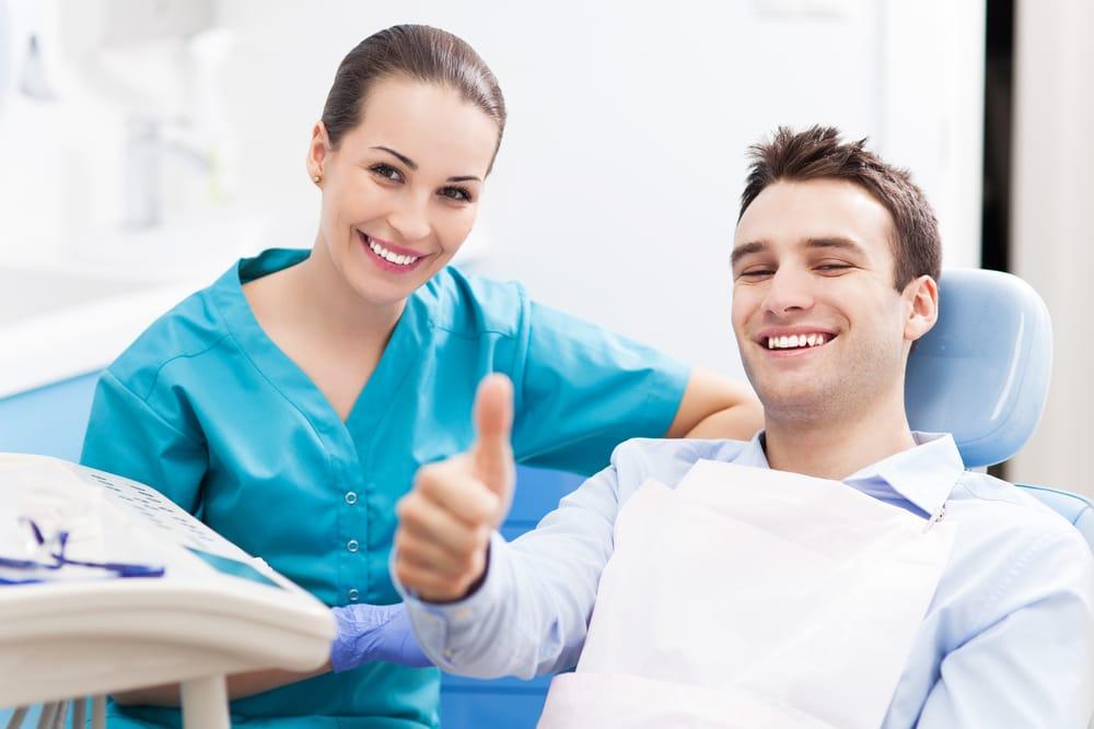where can i find the best hialeah dentist for veneers near me?
